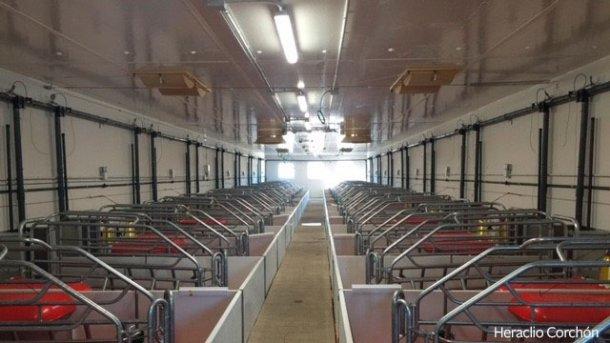 I soffitti lisci senza interferenze alla circolazione dell'aria, le prese d'aria dal controsoffitto, preferibilmente motorizzate se i reparti di sala parto sono molto lunghi, sono elementi che determinano un buona ventilazione